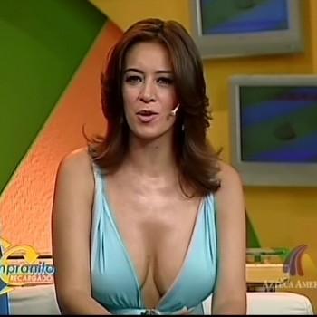 Анетт Мишель - ведущая на канале Ацтека