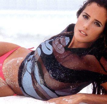 Анетт Мишель. С 2001 года активно снимается в различных телесериалах радуя своей красотой не одну тысчу своих поклонников.