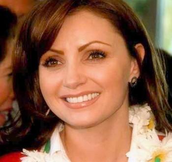 Анхелика Ривьера. В 2009 году Анхелика вышла замуж за губернатора штата Мехико Энрике Пенья Ньето.