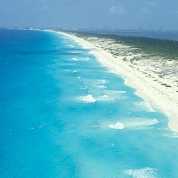 Белоснежные пляжи Канкуна до строительства резортов и отелей (80-е годы)