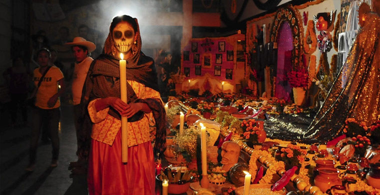 Вечер в день мертвых в Мексике