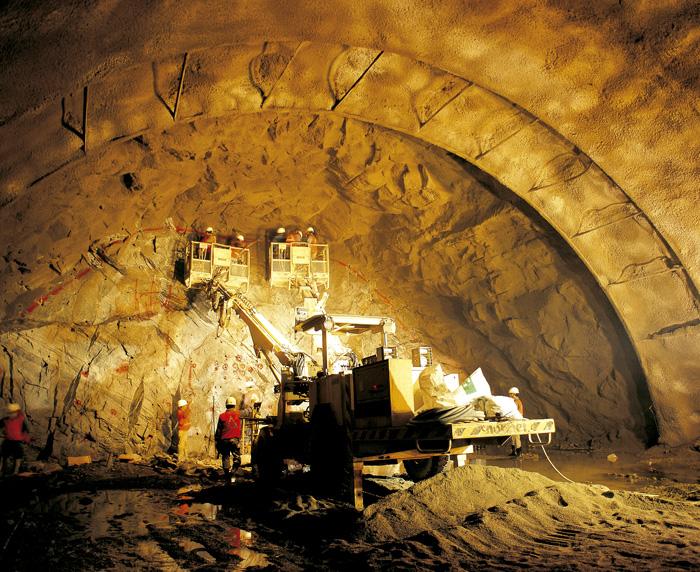Обвал медной руды. Мексика