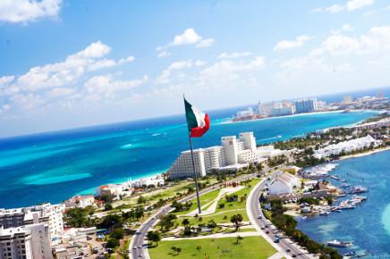 Современный Канкун. Вид сделанный с вертолета