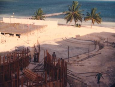 Строительство отеля Роял Канкун в 1977 году