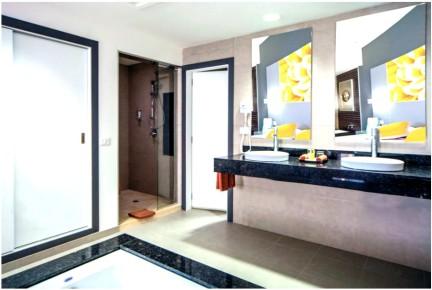 Расслабьтесь в ванной комнате в отеле Riu Cancun 5. Риу Канкун 5 звезд