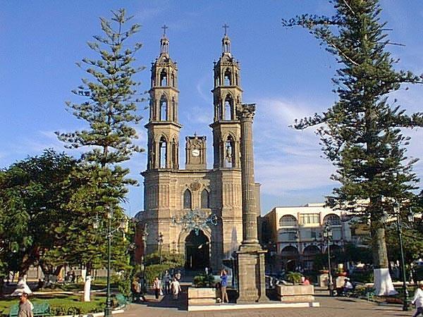 Кафедральный собор Санта Мария дель Оро в Тепик, штат Наярит, Мексика