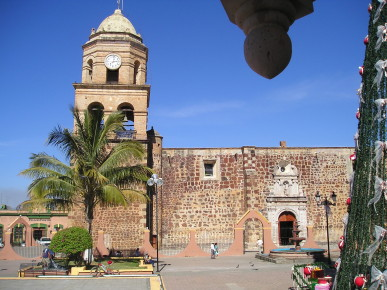 Колониальный собор в Наярите. Мексика