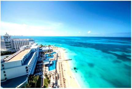 Песок и море в районе отеля Riu Cancun 5. Риу Канкун 5 звезд