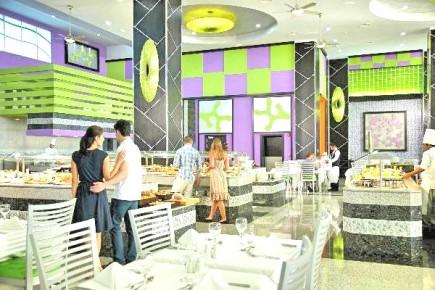 Отобедайте в нашем ресторане в Риу Палас пенинсула