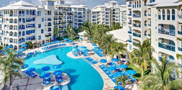 Отели Мексики занимают высокий рейтинг среди отелей курортов Латинской Америки. На фото Барсело Коста Канкун