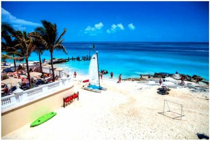 Пляжная линия с чудесным песочком всегда чиста и приведена в порядок. Riu Cancun 5. Риу Канкун 5 звезд