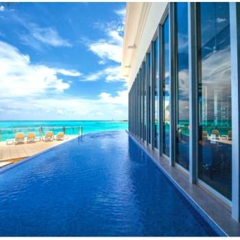 Бассейн у отеля Riu Cancun 5. Риу Канкун 5 звезд
