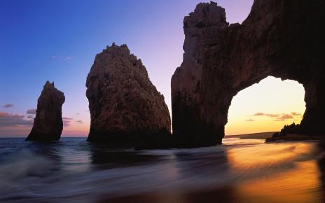 Арка - самая известная достопримечательность мексиканской Южной Нижней Калифорнии