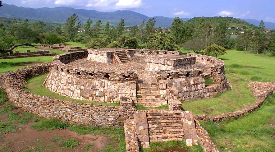 Храм тотельмеков в Лос Терилес в Наярите, Мексика
