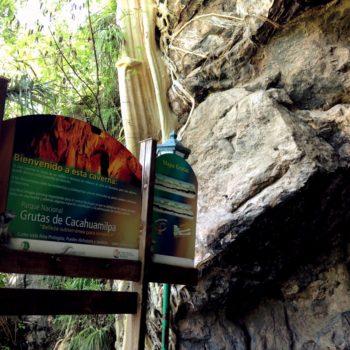 Гроты Какаумильпа это настоящее царство сталактитов и сталагмитов
