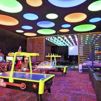 Для детей отдыхающих в отеле Sandos Playacar всегда открыта прекрасно оснащенная игровая комната.