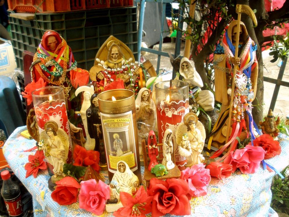 Атрибуты колдовства на рынке Сонора