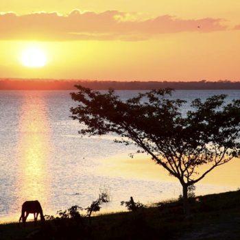 Закат на Озере Петен-Ица, Гватмала