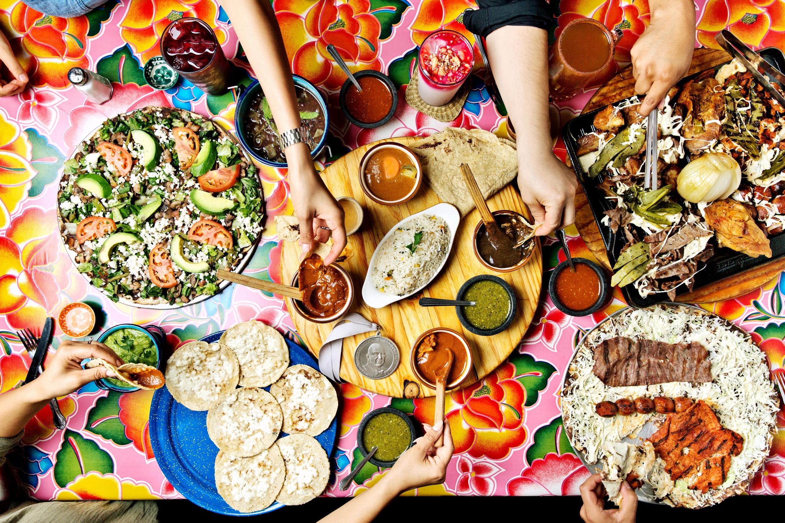 Кухня Мексики в праздник Гелагеца, штат Оахака
