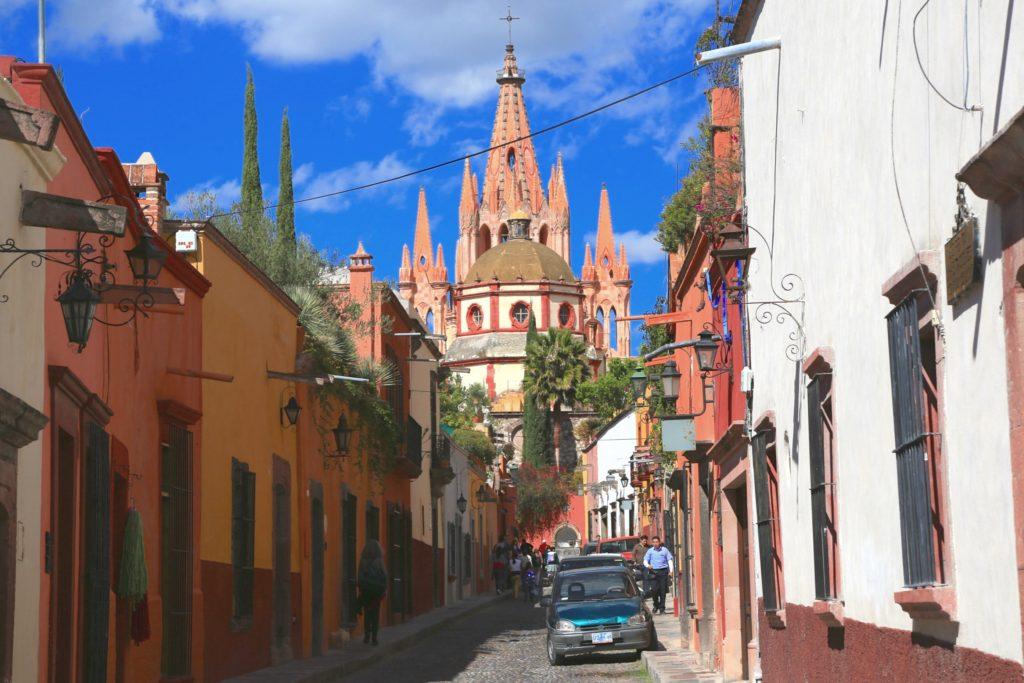 Исторический центр города Сан Мигель де Альенде, Мексика штат Гуанахуато