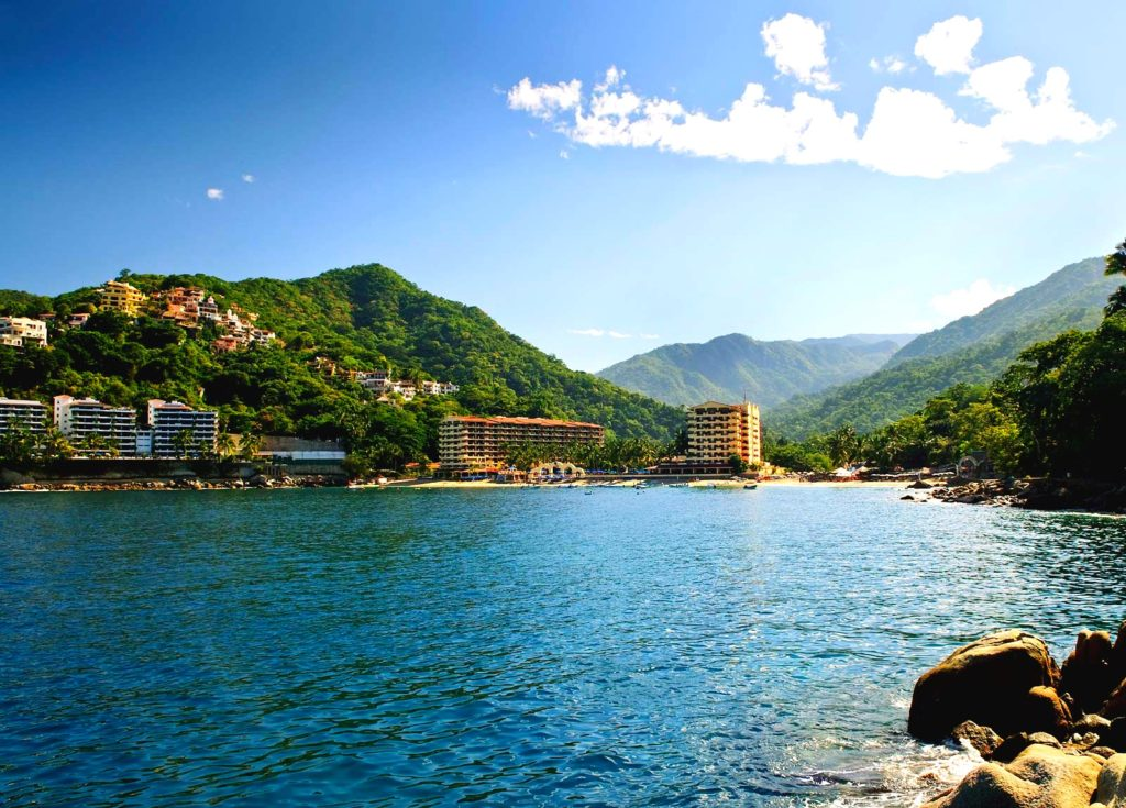 Бухта Бандерос и пляж Мисмалойа, тихоокеанское побережье, Пуэрто-Вальярта, Мексика