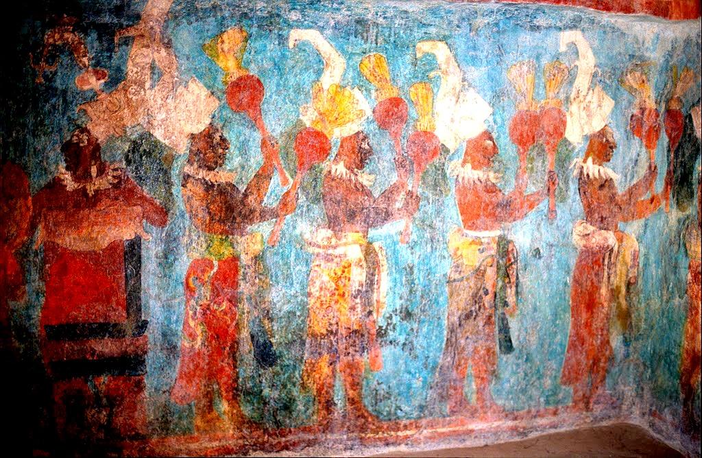 Разноцветные настенные рисунки выполненные индейцами и сохранившиеся до наших дней. Первый Храм Фресок, город Бонампак, Мексика