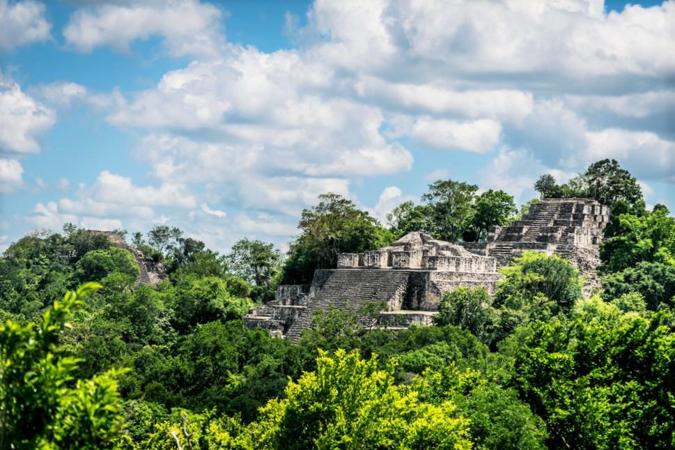 Двойная пирамида Калакмуль, Мексика