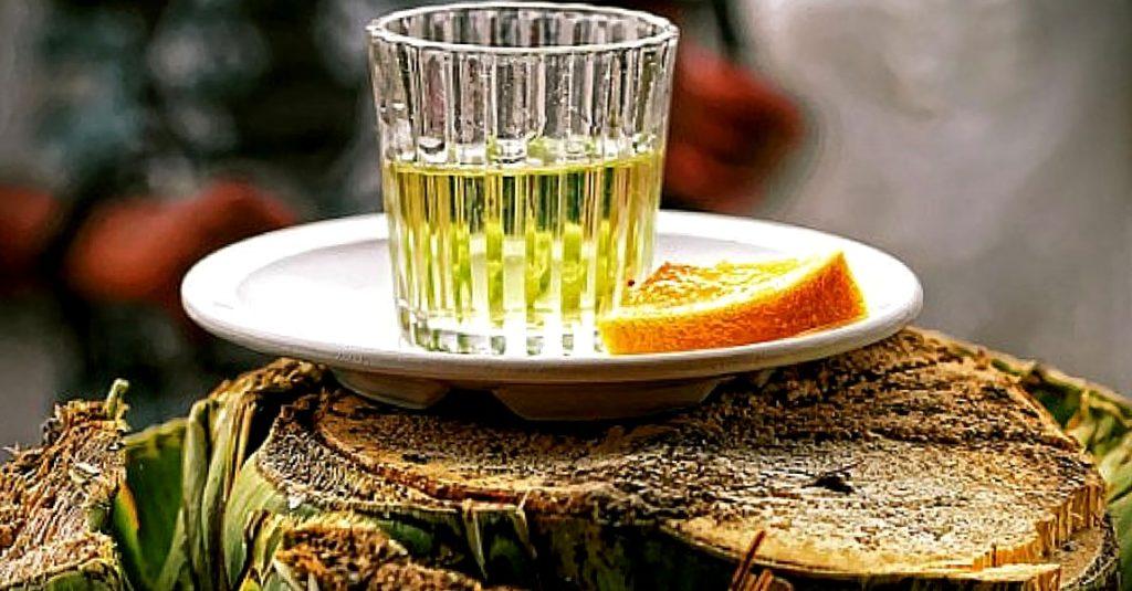 Националные мексиканские напитки - текила, мескаль, штабентун