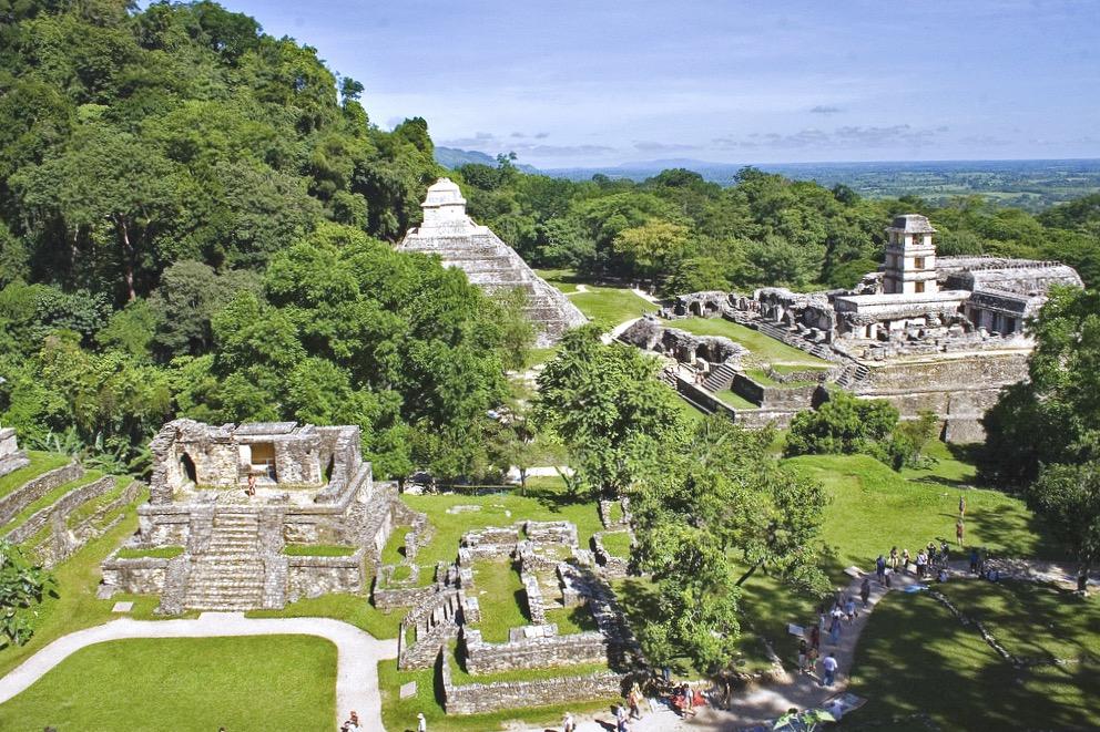 Центр Баакаульского царства город Паленке, штат Чиапас