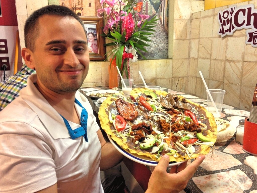 Оахаканское блюдо Тлаюда