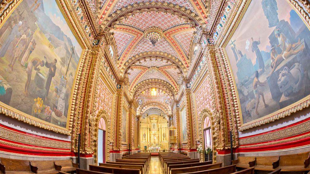 Внутреннее убранство храма Святой Марии Гваделупской, Морелия