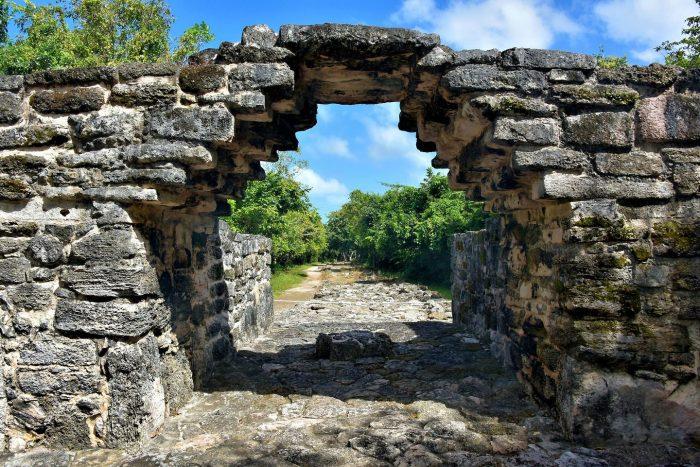 Древний город майя  San Gervasio на острове Косумель.