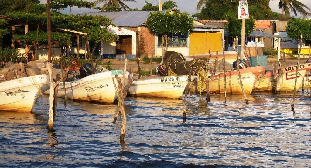 Паредон – рыбацкая деревушка в 14 км от Тонала, штат Чьяпас.
