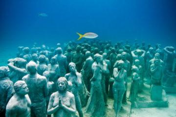 Дайвинг в подводном музее в Мексике