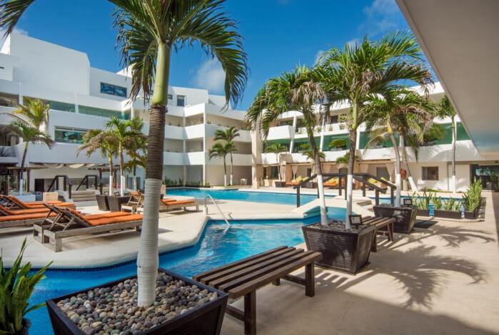 Flamingo Cancun Resort & Plaza 4* (Фламинго Канкун 4 звезды)